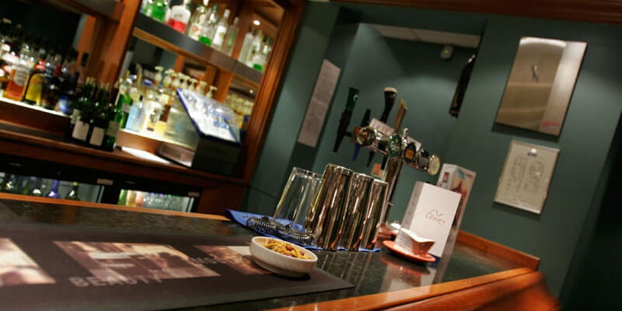 Apollo Hotel Basingstoke - bar