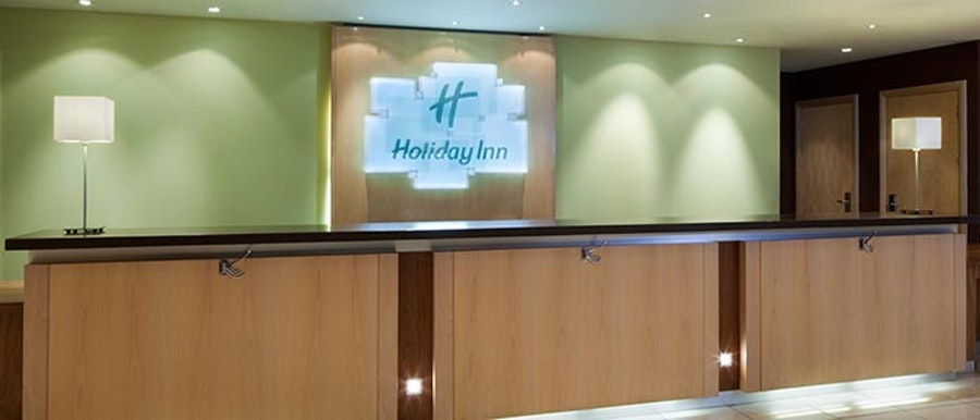 Holiday Inn Eastleigh - reception