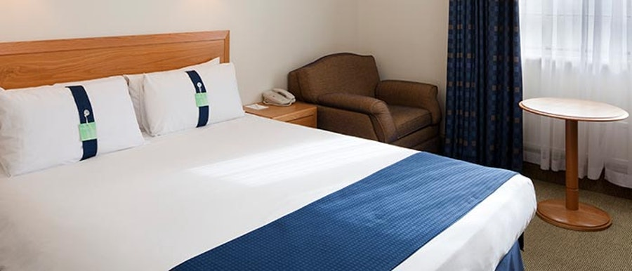Holiday Inn Eastleigh - bedrooms
