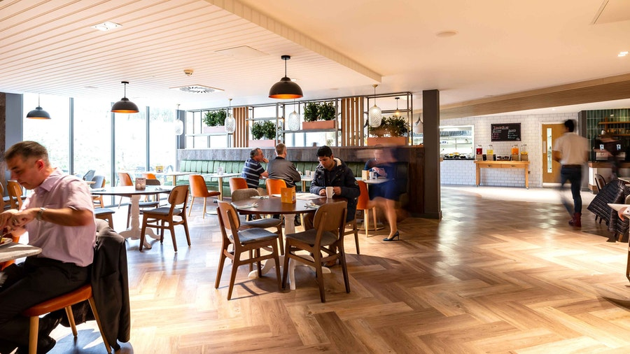 Holiday Inn Winchester - dining