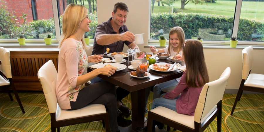 Meon Valley Hotel & Country Club Southampton - breakfast